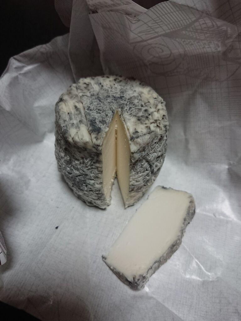 那須 ヤギ の チーズ
